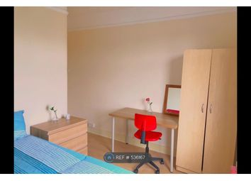 Thumbnail Room to rent in Arundel Gardens, Ilford