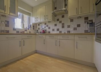 Thumbnail 2 bed flat to rent in Deer Close, Hertford