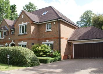 Thumbnail 6 bed detached house for sale in Avenue Road, Cobham
