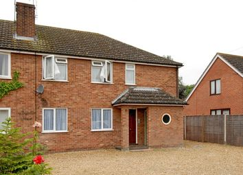Thumbnail 2 bed flat to rent in Basingstoke Road, Riseley, Reading