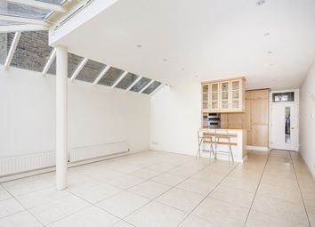 Thumbnail 5 bed property to rent in Englewood Road, London