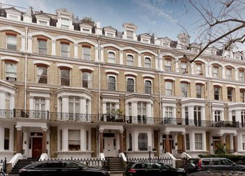 Thumbnail 5 bedroom flat for sale in Vicarage Gate, London