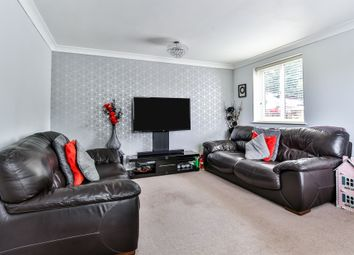 3 bed semi-detached house to rent in Ramsden Road, London N11