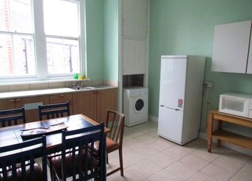 Thumbnail 3 bed flat to rent in Temple Fortune Mansions, Finchley Road, London