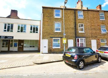 Thumbnail 2 bed flat to rent in Albion Street, Brighton