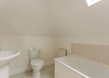 Thumbnail 4 bed maisonette to rent in Mountfield Road, Finchley