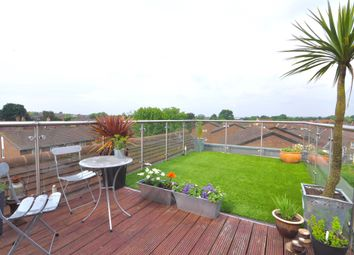 Thumbnail 1 bedroom flat for sale in Sussex Court, Streatham High Road, London