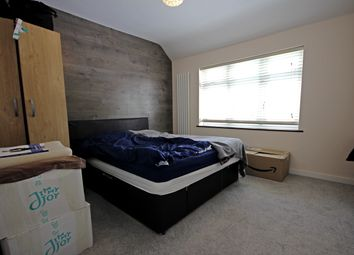 Thumbnail 1 bed flat to rent in Springwell Road, Heston