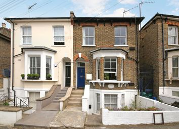 2 bed maisonette for sale in Brookfield Road, London E9