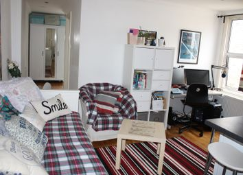 Thumbnail 1 bed flat to rent in Salusbury Road, Queens Park
