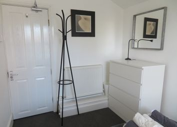 Thumbnail 1 bed flat to rent in Roe Road, Abington, Northampton