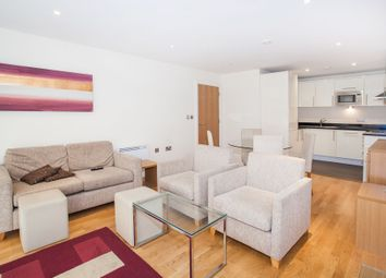 Thumbnail 2 bed flat to rent in 73A Drayton Park, Islington, London