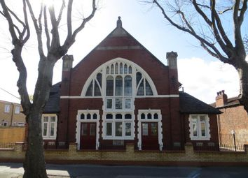 Thumbnail 2 bed flat for sale in Southcoates Avenue, Hull, East Yorkshire