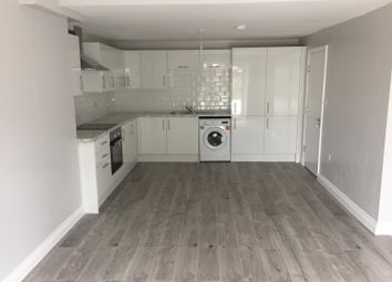 3 bed flat to rent in Derwent Way, Hornchurch RM12