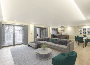 3 bed flat for sale in West Hill, Sanderstead, South Croydon CR2