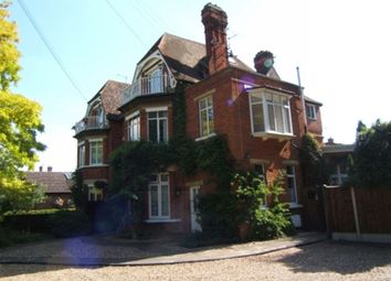 Thumbnail 1 bed flat to rent in The Avenue, Datchet, Berks