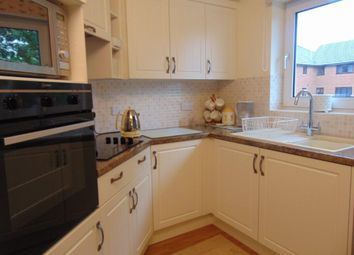 Thumbnail 2 bed flat for sale in Grosvenor Road, Southampton