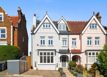 Onslow Gardens, Muswell Hill N10. 5 bed property
