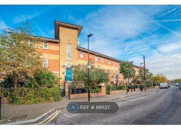 1 bed maisonette to rent in Eliot Court, London N15