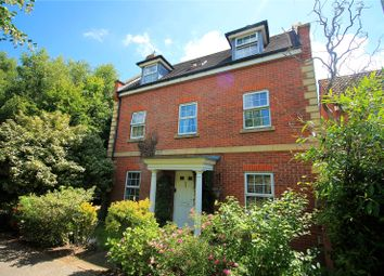 4 bed property for sale in Jacinth Drive, Sittingbourne ME10