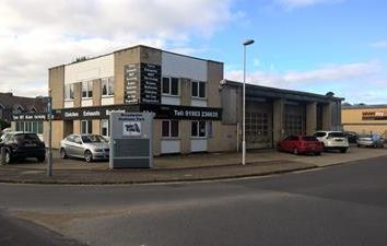 Thumbnail Light industrial to let in Motor Repair Premises, Southdownview Road, Worthing, West Sussex