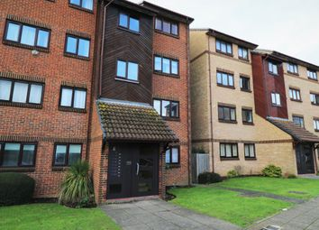 Thumbnail Flat to rent in Wicket Road, Perivale