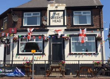 Thumbnail Pub/bar for sale in The Queens Head, Barnsley