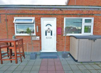 Thumbnail 2 bedroom flat to rent in Connaught Avenue, Frinton-On-Sea