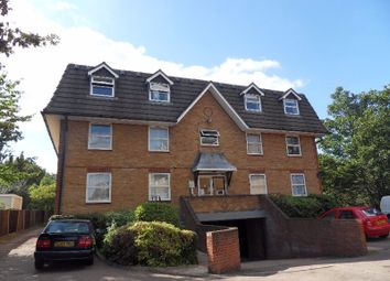 Thumbnail 1 bed flat to rent in Millstream Close, Palmers Green