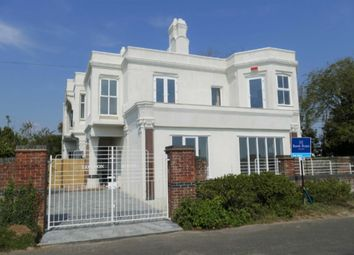Old Dover Road, Capel-Le-Ferne, Folkestone CT18. 3 bed flat for sale