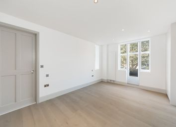 Thumbnail 2 bedroom flat to rent in Paultons Square, Chelsea