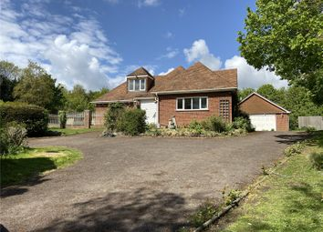 Thumbnail 6 bed detached house to rent in Valley Road, Fawkham, Kent