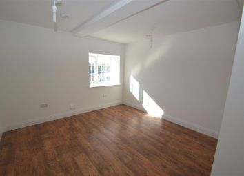 Thumbnail 2 bed flat to rent in High Street, Horley
