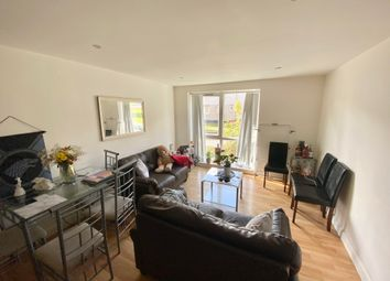 Thumbnail 3 bed flat to rent in Holborn Approach, Hyde Park, Leeds