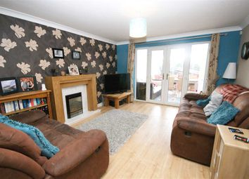 Thumbnail 3 bedroom town house to rent in Inglewood Court, Hipperholme, Halifax