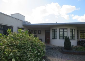 Thumbnail Flat for sale in Hayes Road, Sully, Penarth