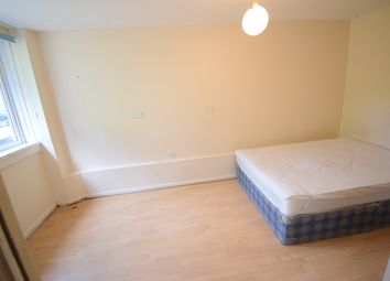 Thumbnail 3 bed flat to rent in Swaton Road, Bow