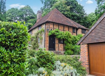 Thumbnail 3 bedroom detached house for sale in Pains Hill, Oxted