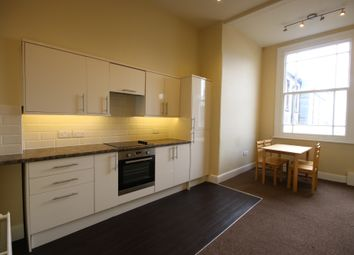 4 bed flat to rent in Brunswick Place, Hove BN3