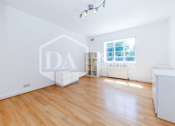 2 bed maisonette to rent in Denison Close, Hampstead Garden Suburb, East Finchley N2