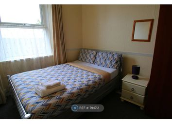 Thumbnail Room to rent in & 2nd Floor, Plymouth