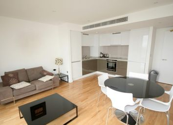 Thumbnail 1 bed flat to rent in Landmark West Tower, Marsh Wall, London
