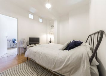 1 bed flat for sale in Greenwich Court, Cavell Street, London E1