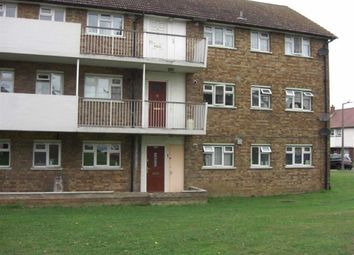 Thumbnail 1 bed flat to rent in Padnall Road, Romford, Essex