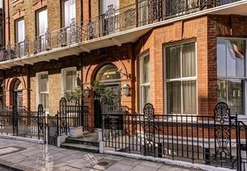 Thumbnail 2 bedroom flat to rent in Nottingham Place, London