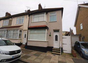 4 bed end terrace house for sale in Oakleigh Avenue, Southend-On-Sea SS1