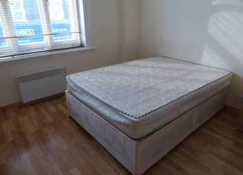 Thumbnail Studio to rent in Plumstead High Street, London