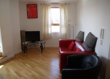 Thumbnail 2 bedroom flat to rent in Gateway West, East Street, Leeds