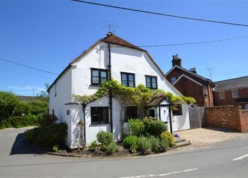 Thumbnail 3 bed cottage for sale in Beenham, Reading