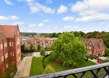 Thumbnail 2 bed flat for sale in Kavanagh Court, Brentwood, Essex